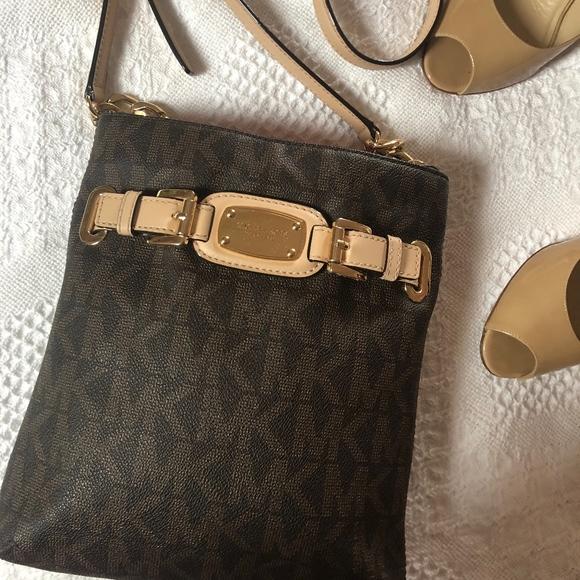 MICHAEL Michael Kors Handbags - Michael Kors Travel Logo Messenger Bag